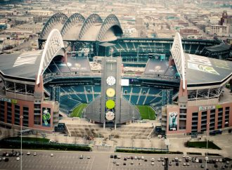 Composting and ocean-degradable straws help Seattle Seahawks to sustainability award