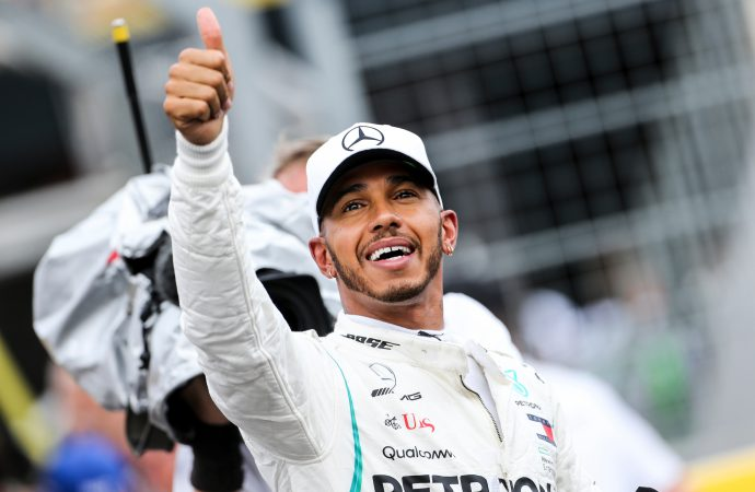 Lewis Hamilton's F1 team pledges carbon neutrality by the end of 2020